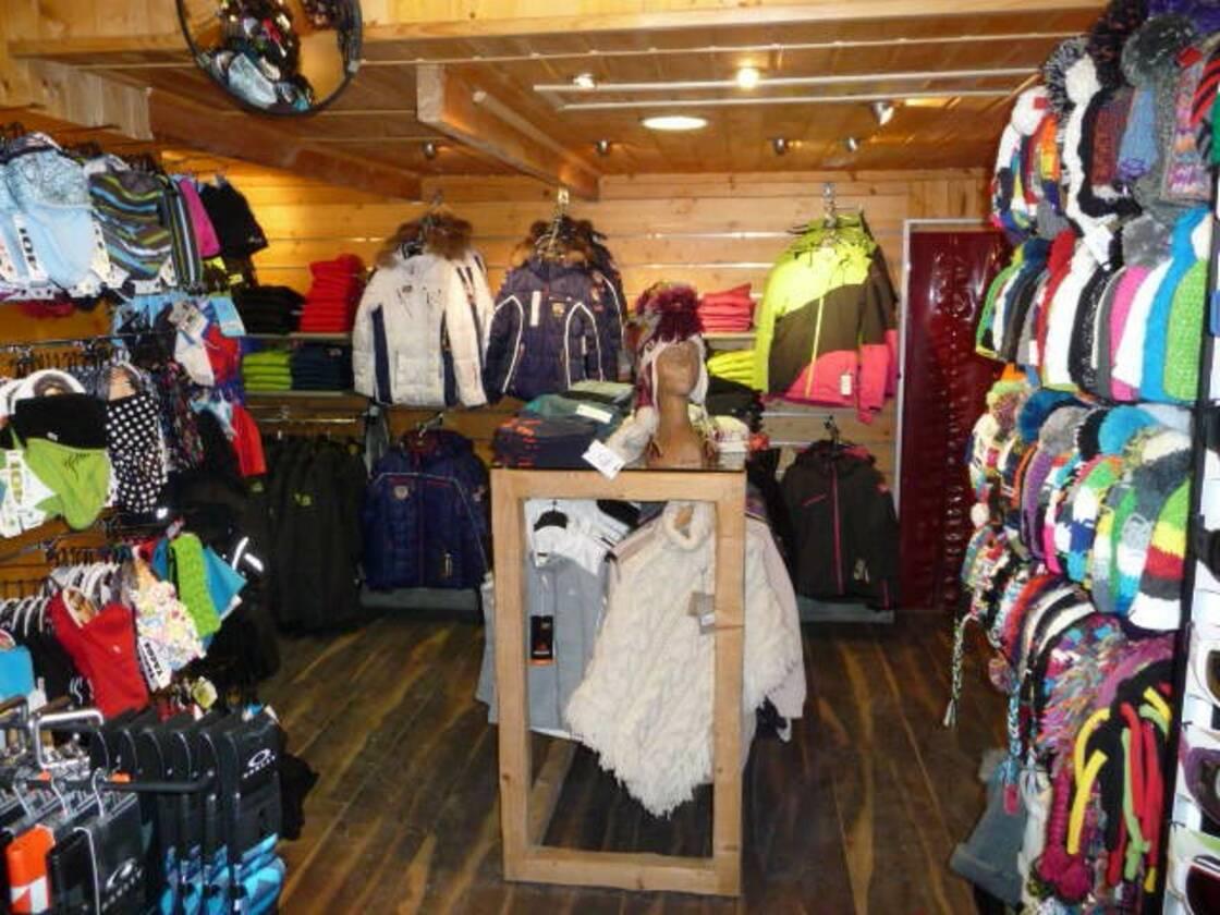 L'espace vente - Matériel, Textile, Accessoires,
