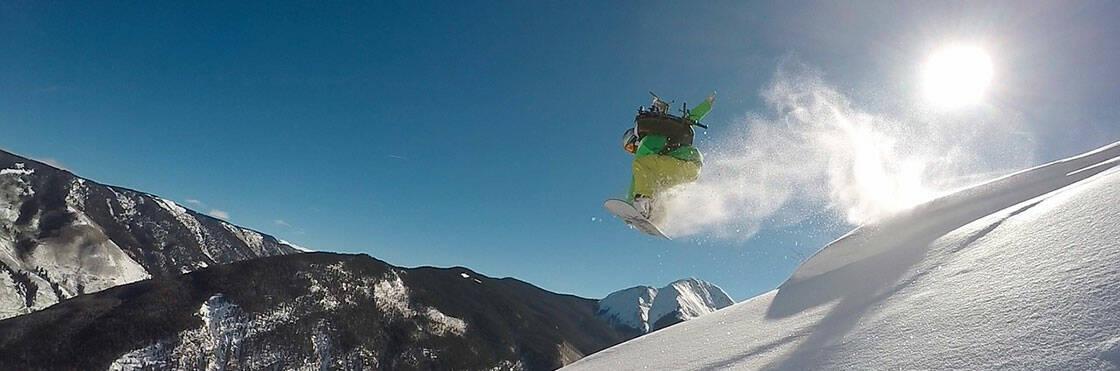 saut à snowboard