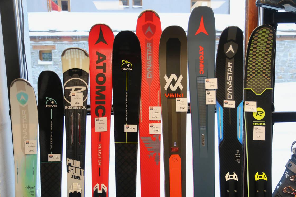 skis de location et vente du magasin Iseran Sport à Val d'Isère
