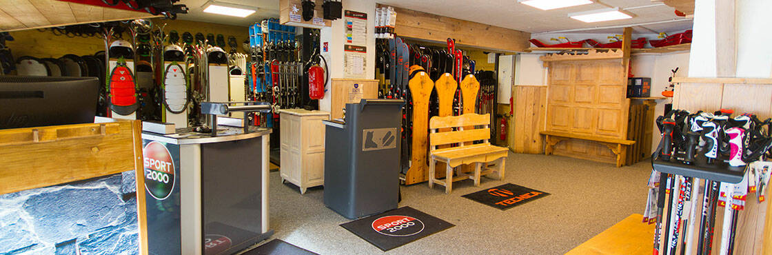 Location ski Isola 2000 Sport 2000 Quartz Sport