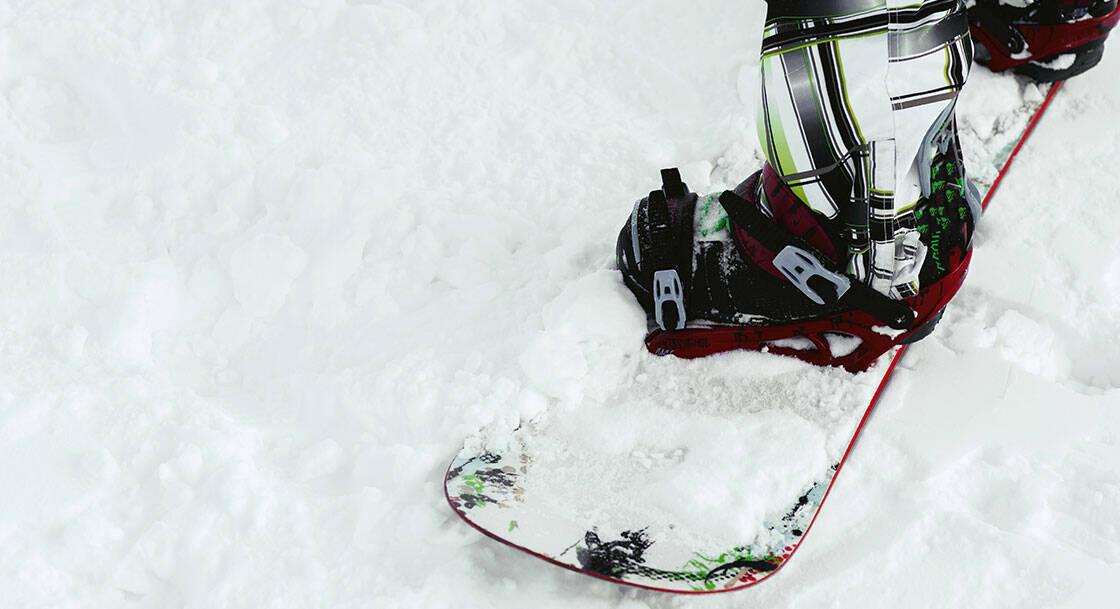 planche de snowboard et boot