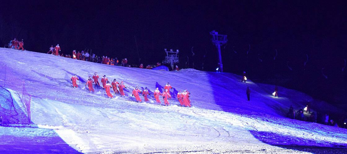 moniteurs esf descente piste de ski de nuit
