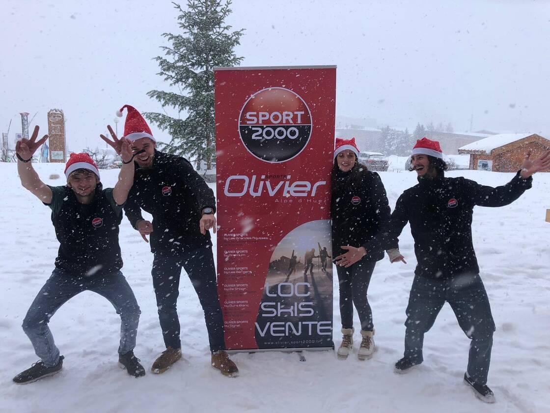 l'équipe du magasin ski Sport 2000 Les Bergers Alpe d'huez
