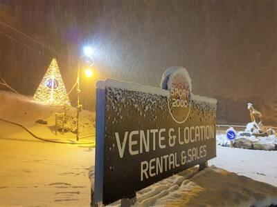 il neige à Snow and ski Valloire