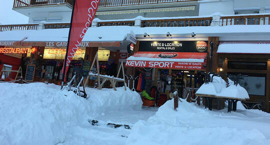 Sport 2000 Kevin Sport, CHAMROUSSE 1650 - LE RECOIN